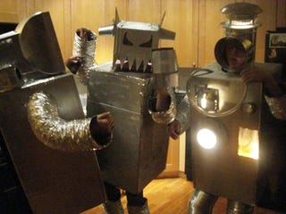 Illustration for article titled Halloween Costume Competition: Robots Turn on Humans