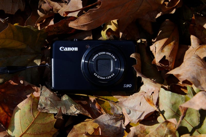 Illustration for article titled Canon S90 Review: It'll Never Leave My Pocket (Except When I'm Taking Pictures)