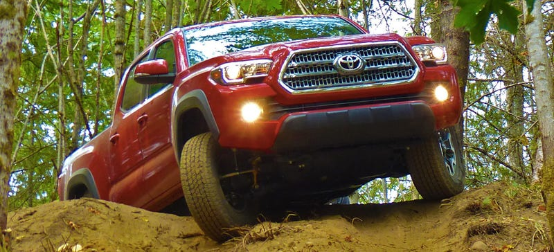 Illustration for article titled Here's How The 2016 Toyota Tacoma Looks Off-Road