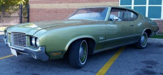 Illustration for article titled It tears me up that I can't make this Cutlass S Sport Coupe work. But I can recover. Gorgeous.