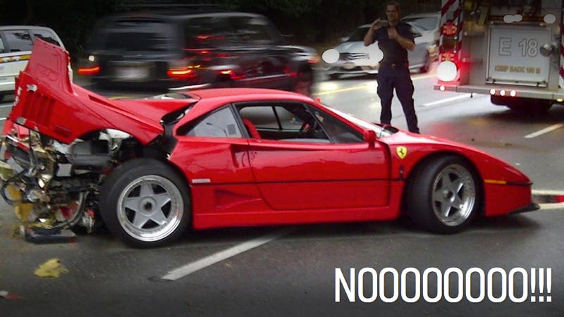 Illustration for article titled $500,000 Ferrari F40 Crashed After Someone Foolishly Drives It In The Rain
