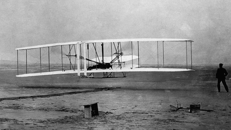 Illustration for article titled The Wright Brothers First Took To The Skies 109 Years Ago Today