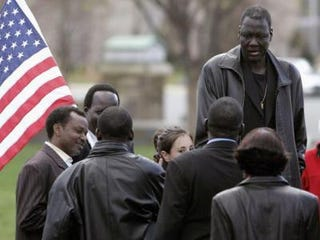 Manute Bol at a 2006 rally of Sudanese former slaves (Mark Wilson/Getty)