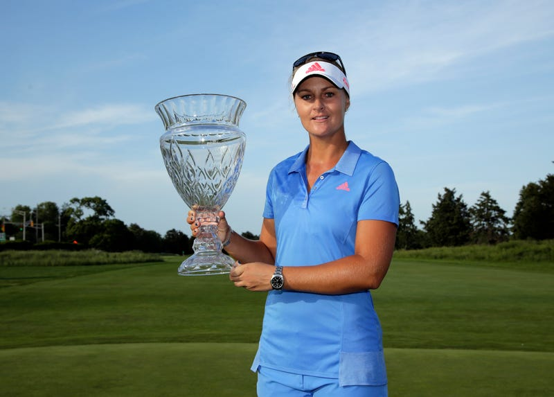 Illustration for article titled LPGA Tour Trophy Does Not Survive Being FedExed