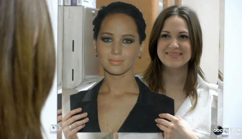 Illustration for article titled Woman Spends $25,000  to Look Like Jennifer Lawrence