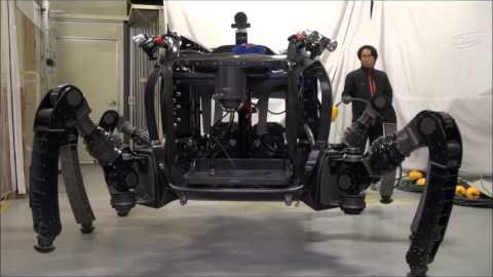 El cangrejo-robot explorador de océanos ya camina de verdad