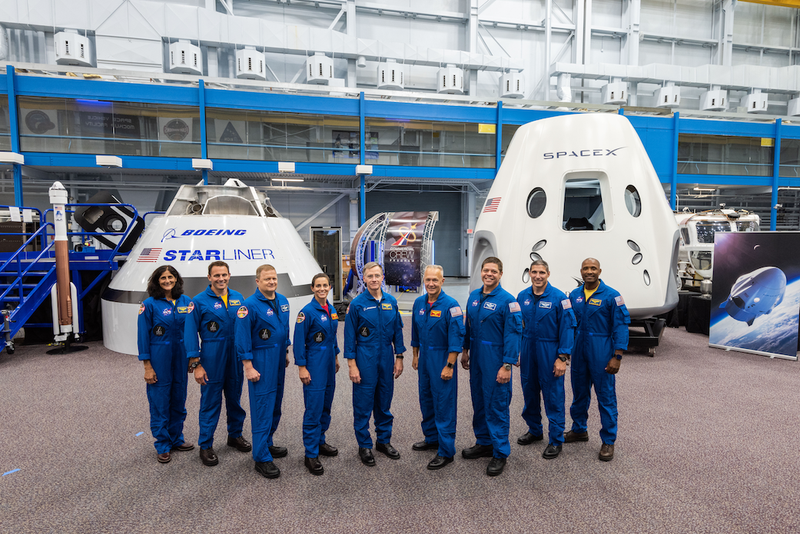Illustration for article titled NASA Announces First Crews for New SpaceX and Boeing Spacecraft