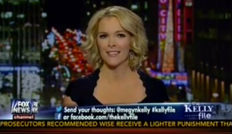 Illustration for article titled Megyn Kelly Says White Santa Backlash Is Nothing But Race-Baiting