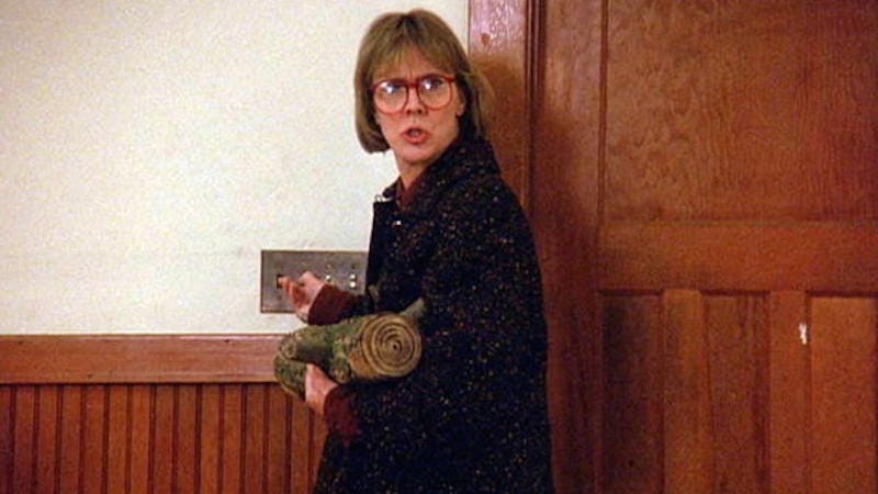Illustration for article titled Twin Peaks Actress Catherine Coulson (AKA 'Log Lady') Dies At Age 71
