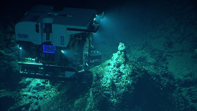 An ROV imaging a hydrothermal vent. Image: NOAA Office of Ocean Exploration and Research, 2016 Deepwater Exploration of the Marianas