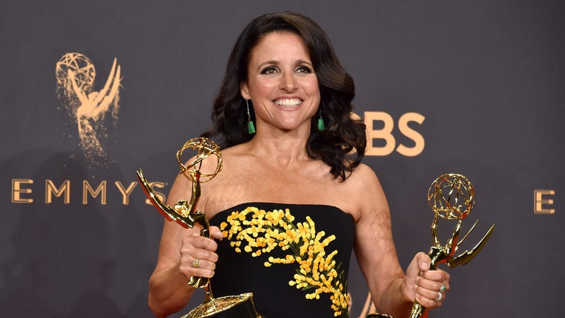 Illustration for article titled Blessings to Julia Louis-Dreyfus, Who Is Healing Nicely in Hawaii