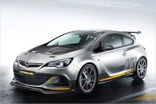 Illustration for article titled Astra OPC Extreme Green Lit!! - 300hp, no backseats, HAWT HATCH