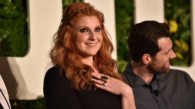 Julie Klausner is donating a dollar to Planned Parenthood for every troll that dirties up her mentions