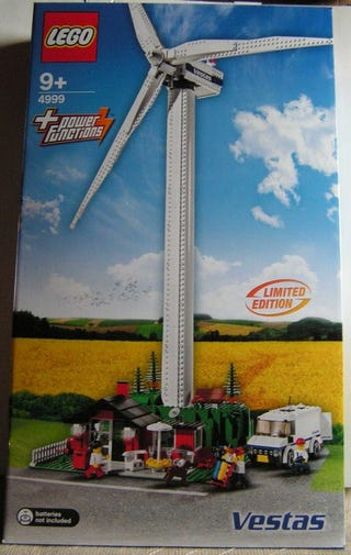 Illustration for article titled Lego Windmill Going on eBay for a Cool $1,700