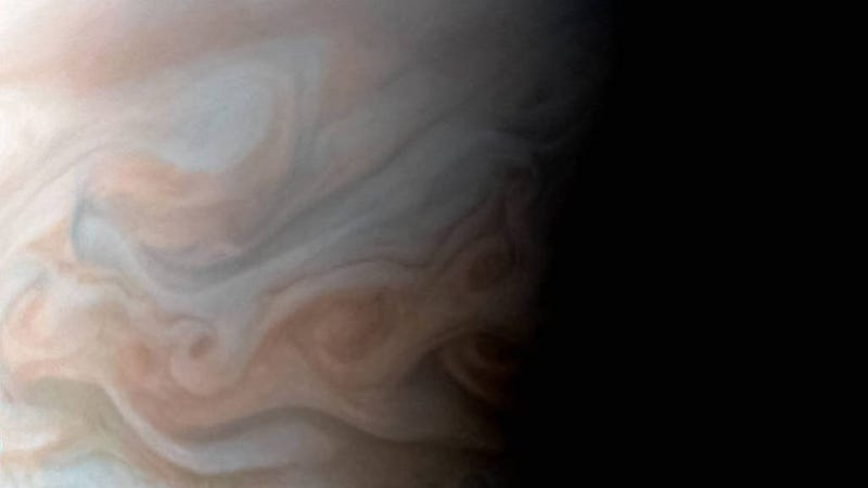 New Close-Up Image of Jupiter's Turbulent Region Is Breathtaking