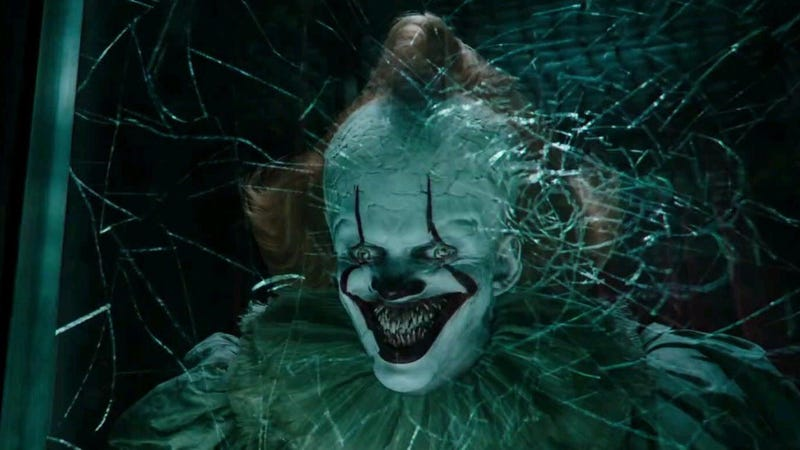 A sinister smile is the right reaction to these It Chapter Two tweets.