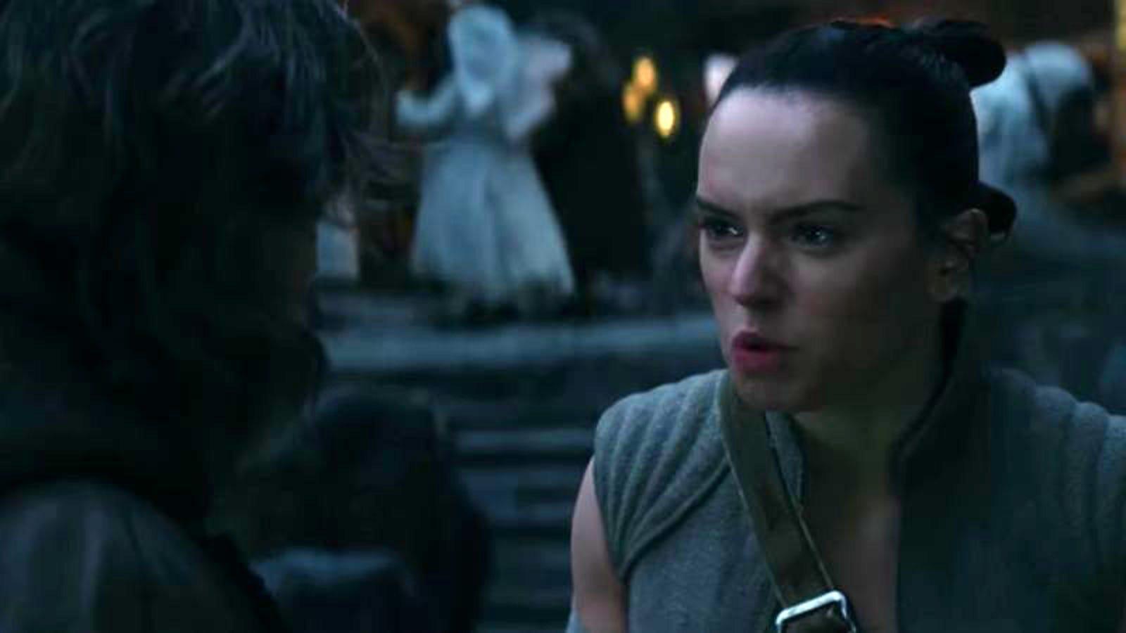 Star Wars revela la inquietante escena de la tercera lección de Luke que eliminaron de The Last Jedi