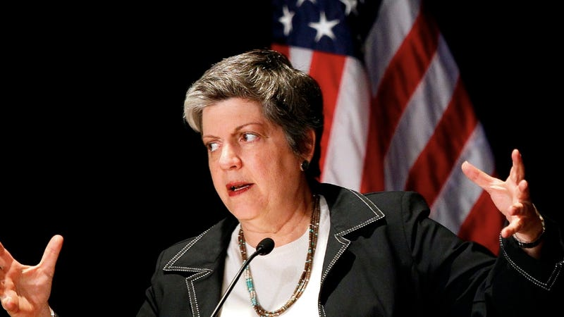 Illustration for article titled Janet Napolitano Accused of Running a 'Female-Run Frat House'