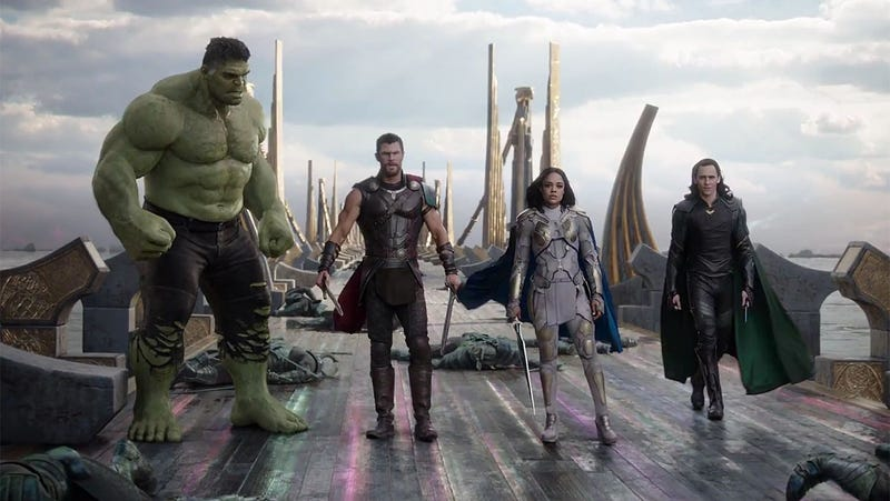 Illustration for article titled Todas las escenas eliminadas de Thor: Ragnarokque nos hacen desear una versión extendida cuanto antes