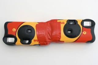 Illustration for article titled DIY 3D Photography: Two Disposables, Duct Tape, Steady Hand