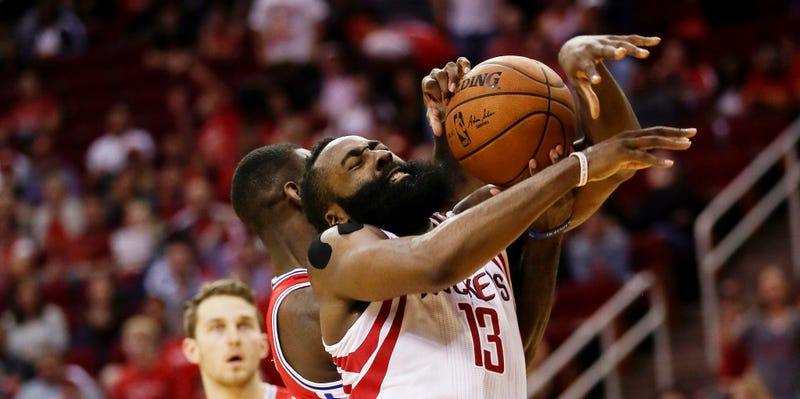 Illustration for article titled I Could Play Better Defense Than James Harden On This Play
