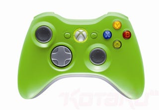 Illustration for article titled Microsoft Releasing LE Red, Green 360 Controllers