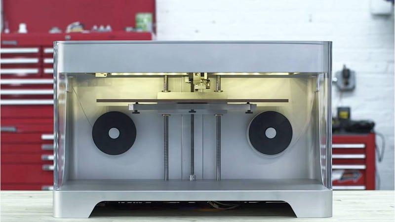 Llega la primera impresora 3d que imprime en fibra de carbono for Primera impresora 3d