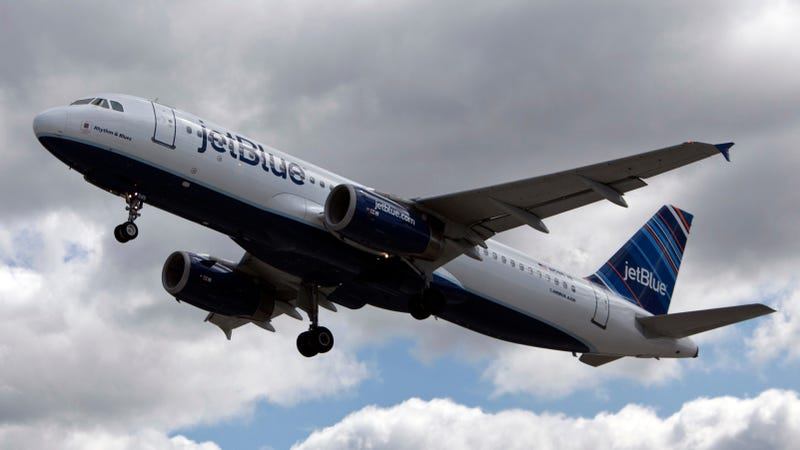 Illustration for article titled JetBlue Pilots Accused of Drugging, Raping Women Flight Attendants