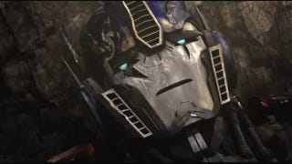 Illustration for article titled Season 3 of Transformers: Prime begins with Optimus Prime nearly dead