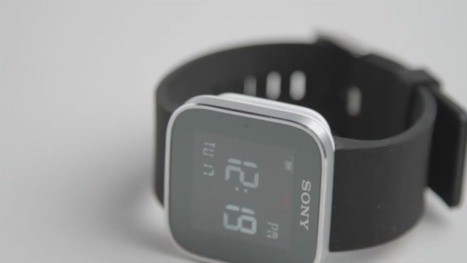 Sony SmartWatch Review: Maybe the Worst Thing Sony Has Ever Made