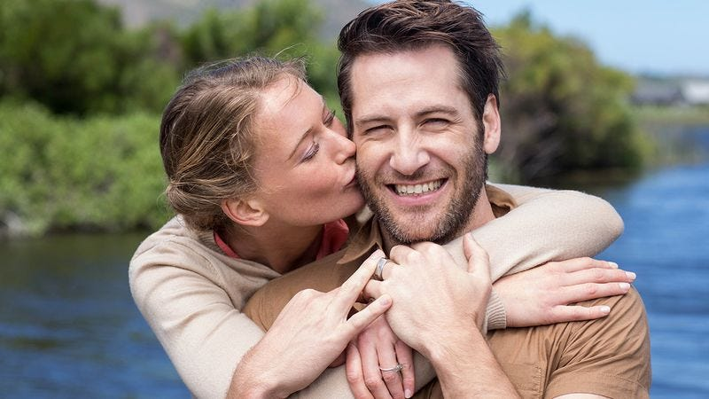 9 signs youre dating a werewolf