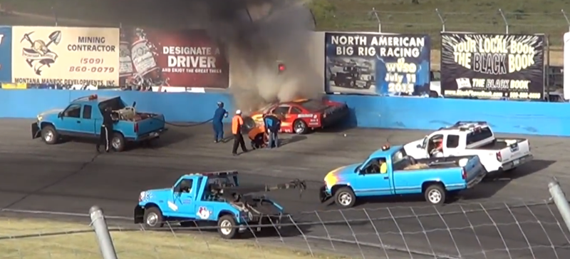 Illustration for article titled Late Model Crash Shows Why You Should Let Responders Do Their Jobs