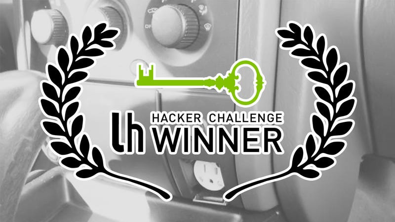 Illustration for article titled Challenge Winner: Add an Electrical Outlet to Your Car's Dash