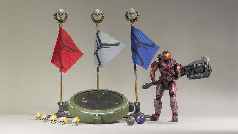 Illustration for article titled New Halo: Reach Figures Capture Tiny Little Flags