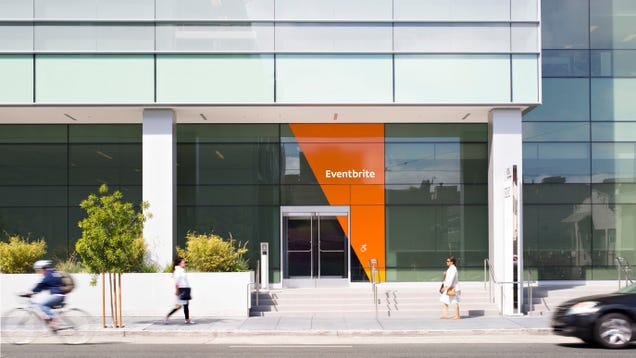 Eventbrite's Bonkers 10,000 Word User Agreement Allows It to Film, Own Copyright From Any Event [Updated: Not Anymore]