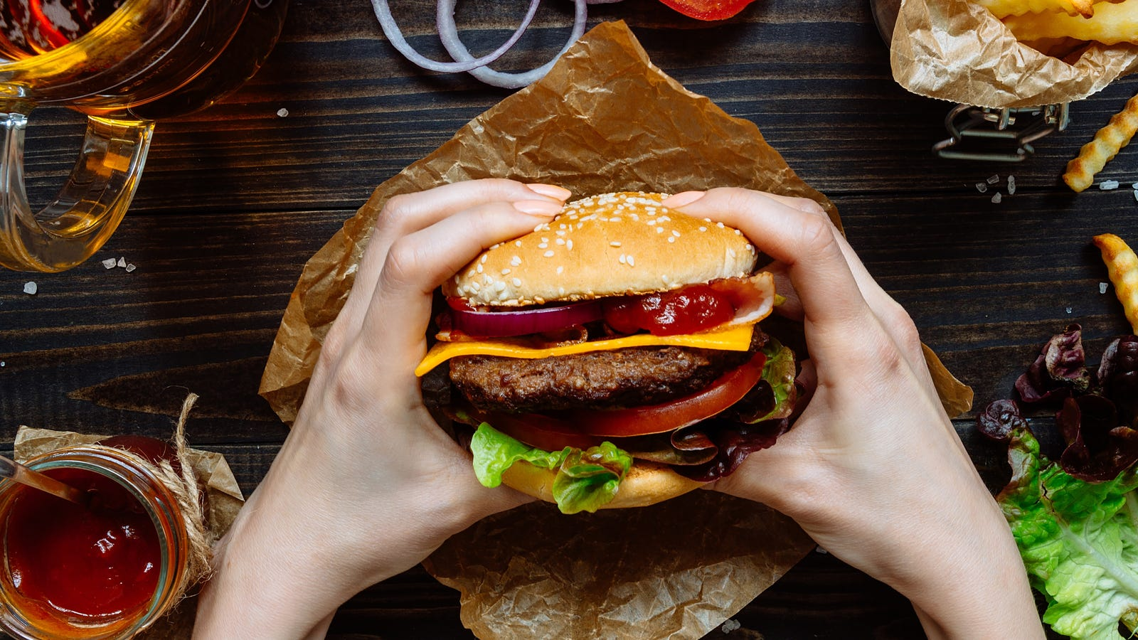 Where to Get Free Cheeseburgers For National Cheeseburger Day