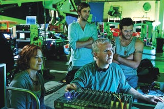 Illustration for article titled James Cameron Heads For Mariana Trench to Film Avatar Sequel and Capture X Prize Simultaneously