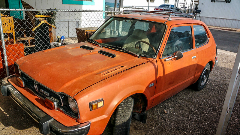 Illustration for article titled Sweet Jesus, You Can Buy This Barn Find Honda Civic With Pocket Change