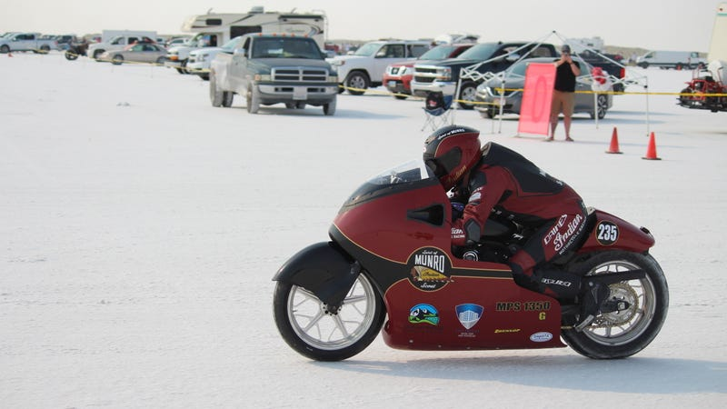 Illustration for article titled I Saw How Hard It Really Is to Hit 200 MPH on the Bonneville Salt Flats