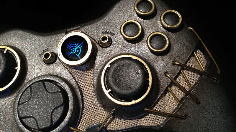 Illustration for article titled I Would Invisibly Kill A Man With Rats To Get My Hands On This Dishonored Control Pad