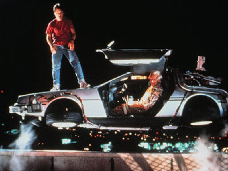 Illustration for article titled Would you watch Tom Cruise star in a Back to the Future-style time travel romp?