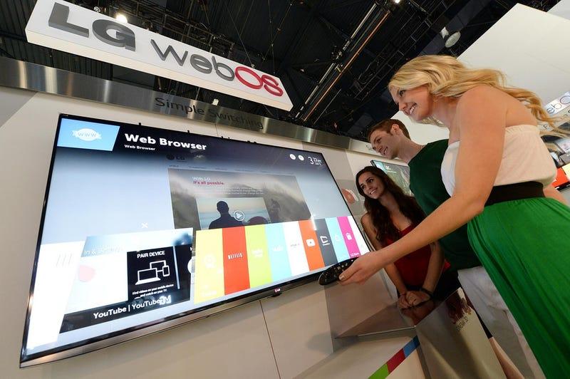 Illustration for article titled Así son los televisores webOS de LG y su medidor Lifeband Touch
