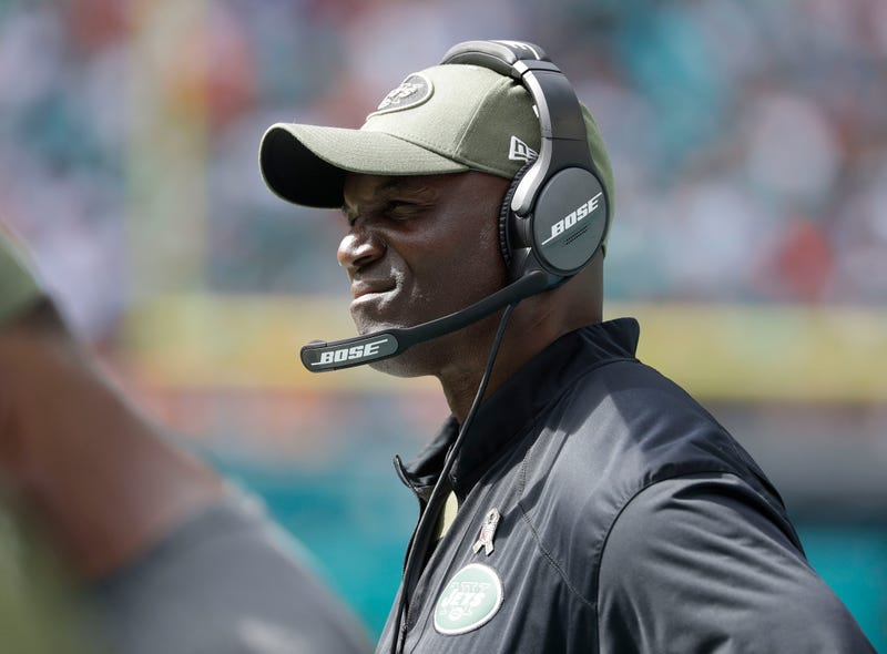 Illustration for article titled Bart Scott Rips Todd Bowles As Jets Combust