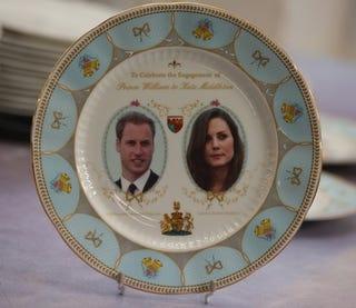 Illustration for article titled Obligatory Royal Wedding Post Du Jour!