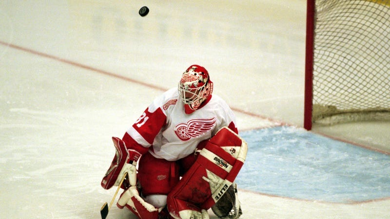 Photo of 1999-2000 Red Wings back-up goalie Ken Wregget via Tom Pidgeon/Getty Images