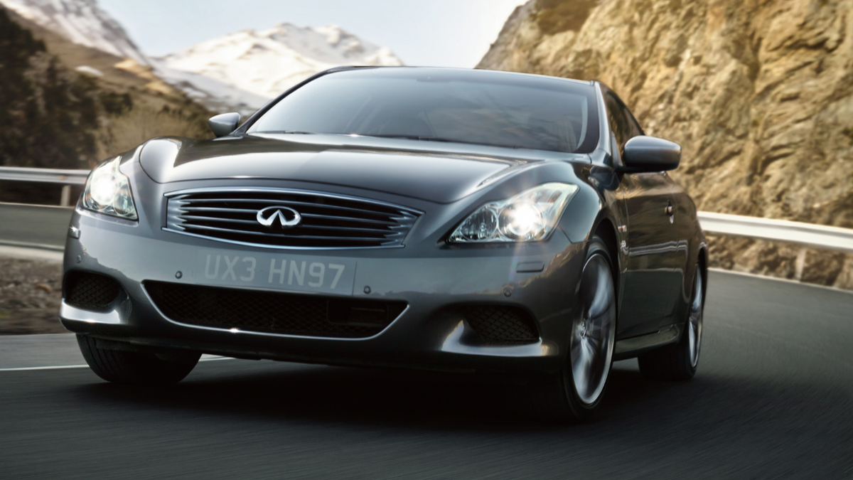 Infiniti Q60: Jalopnik\'s Buyer\'s Guide