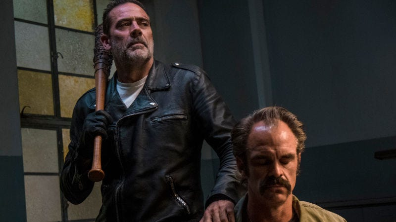 Illustration for article titled The Walking Dead's ratings are rotting away, but its showrunner promises changes