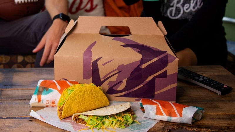 "Illustration for article titled Taco Bell's new Party Packs let you order a dozen tacos for you and your ""friends"""