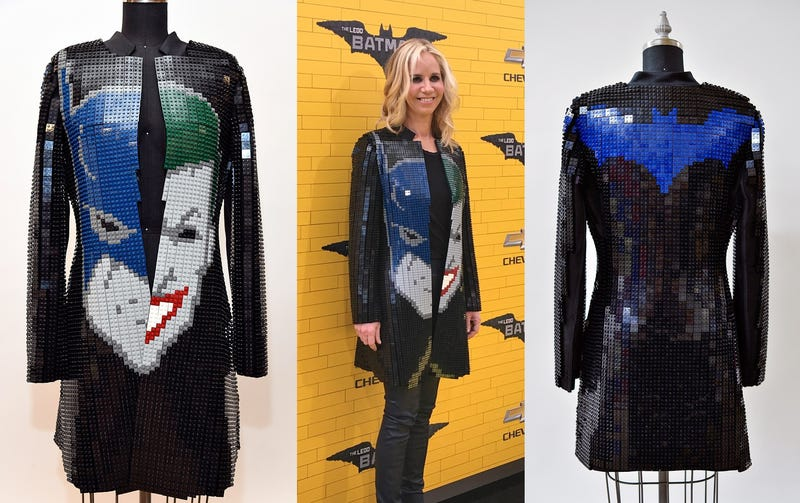 Illustration for article titled It Took Over 10,000 Bricks to Make This Wearable Lego Batman Jacket
