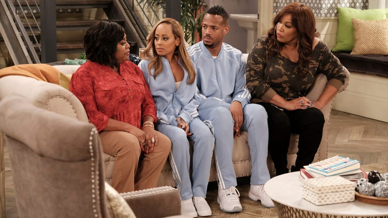 Sherri Shepherd (left), Essence Atkins, Marlon Wayans, and Kym Whitley in Marlon